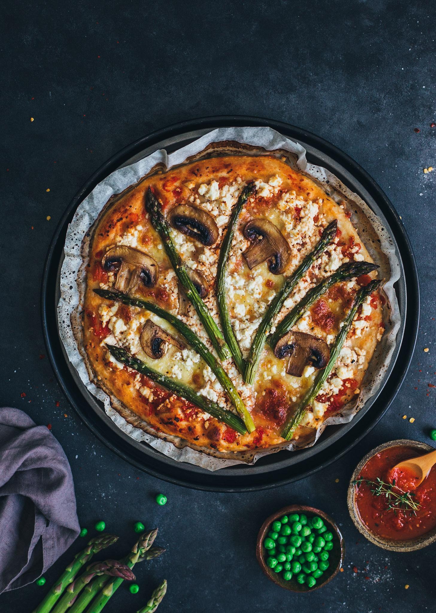 pizza rapida cu sparanghel